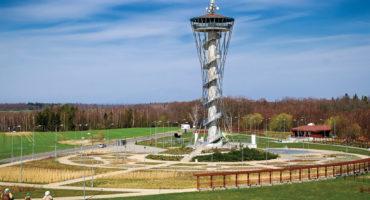 Zespół obiektów rekreacyjnych z wieżą widokową w Gniewinie